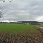 Blick über die Felder nach Gaudernbach